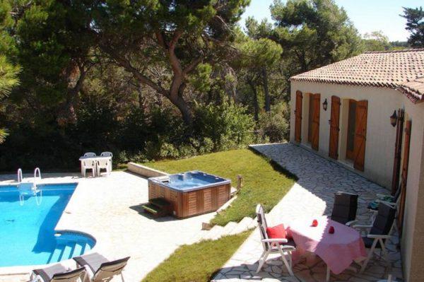 Vakantiehuis Le Jumeau - Frankrijk - Languedoc - 6 personen - zwembad - jacuzzi