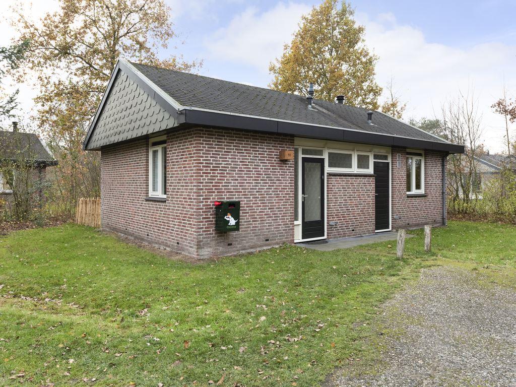 Hondenbungalow Aelderholt 6CD - Nedeland - Drenthe - 6 personen - entree