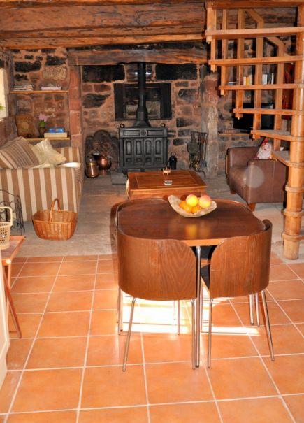 Natuurhuisje in Louignac 28162 - Frankrijk - Limousin - 2 personen - houtkachel