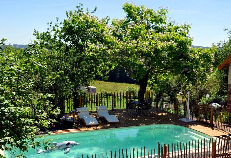 Natuurhuisje in Louignac 28162 - Frankrijk - Limousin - 2 personen - gedeeld zwembad