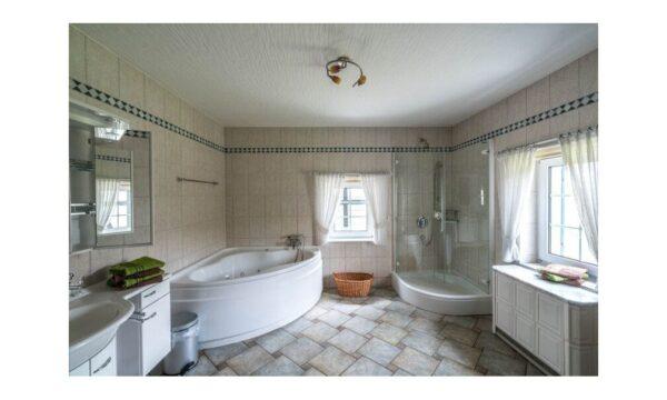 Natuurhuisje in Ruppichteroth 42291 - Duitsland - Noordrijn-westfalen - 8 personen - badkamer