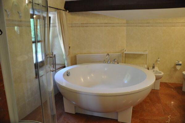 Natuurhuisje in Stoumont 33357 - België - Luik - 12 personen - badkamer