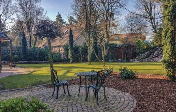 Vakantiehuis Lunteren - Nederland - Gelderland - 12 personen - grote omheindetuin
