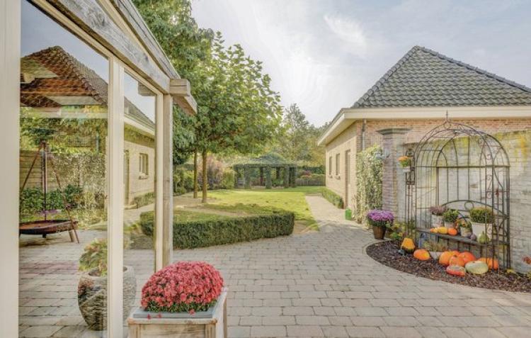 Villa Neerpelt - België - Belgisch-Limburg - 8 personen - omheinde tuin